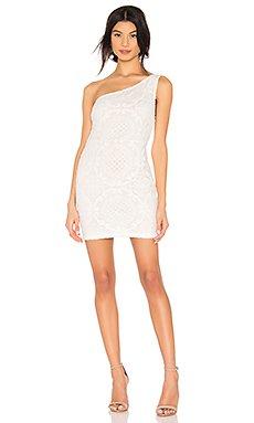 Caia Lace Dress                     superdown