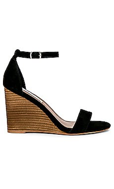 Mary Suede Wedge                     Steve Madden