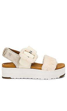 Fluff Sandal                     UGG