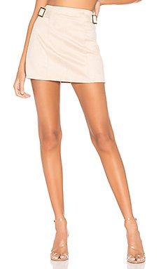 Corilee Suede Skirt                     superdown