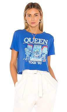 Queen In Concert Rebel Crop Tee                     DAYDREAMER