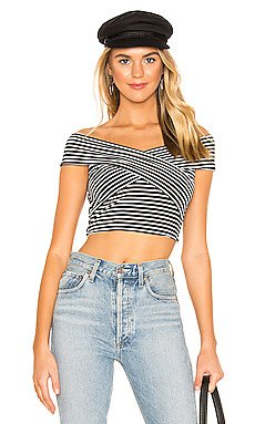 Cody Wrap Front Top                     superdown