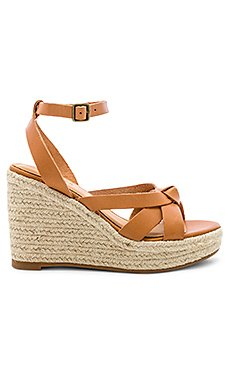 Charlotte Wedge                     Soludos