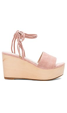Finley Wedge                     RAYE