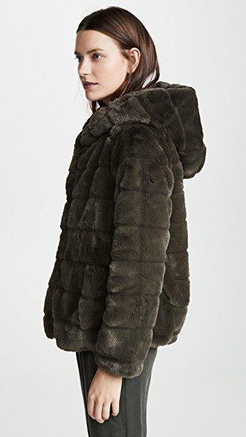 Goldie Coat