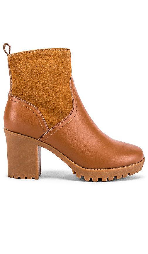 Dani Sherpa Platform Boot