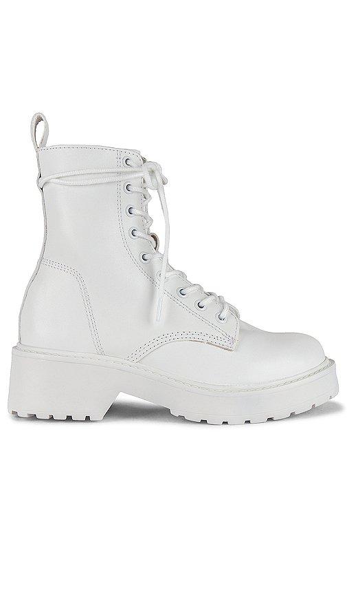 Tornado Boots