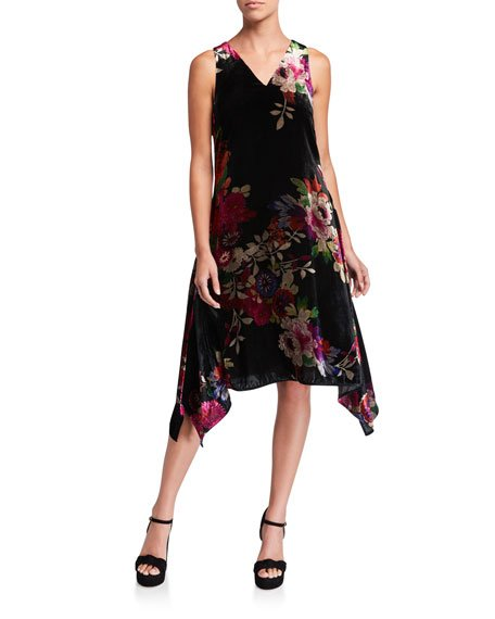 Sleeveless Winter Peony Velvet Handkerchief Dress