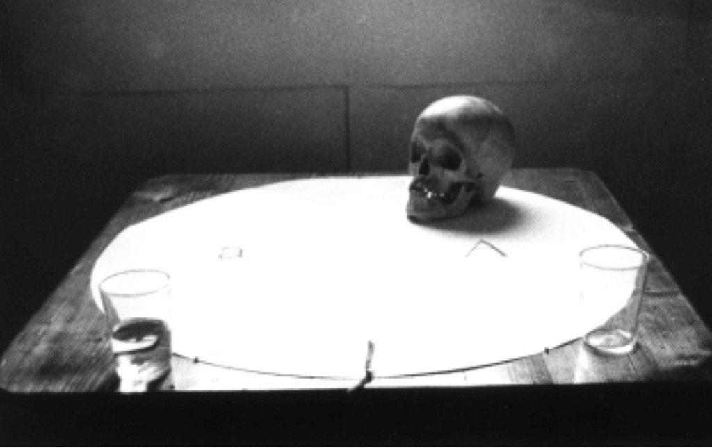 Image from Zbigniew Warpechowski's 1976 Performance dialogue qith a skull courtesy of artist