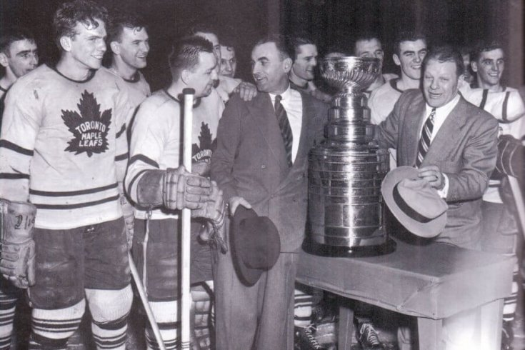 Photograph of the Maple Leafs in 1951