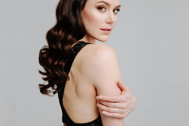 Photograph of Tessa Virtue.