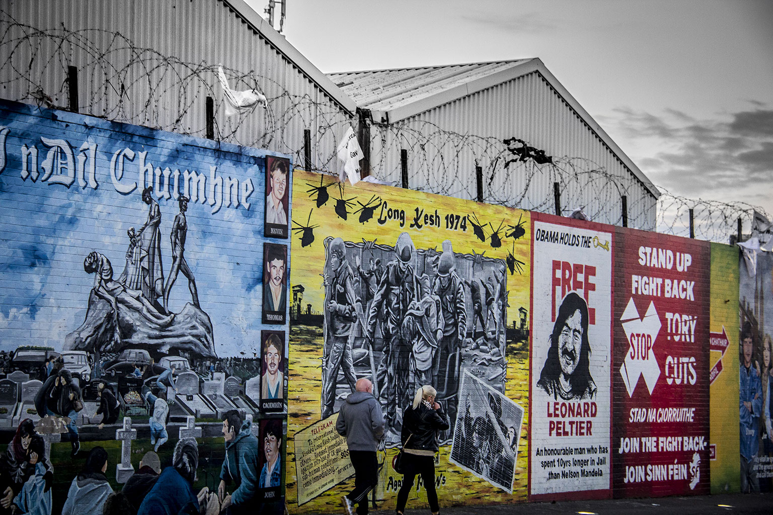 Photograph of a peace wall in Belfast by Diego López