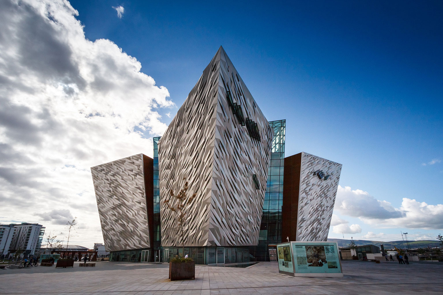 Photograph of Titanic Belfast by Nico Kaiser