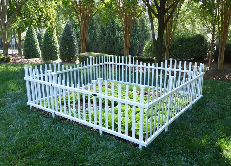 Pet or Garden Enclosure Vinyl Fence Kit wGate