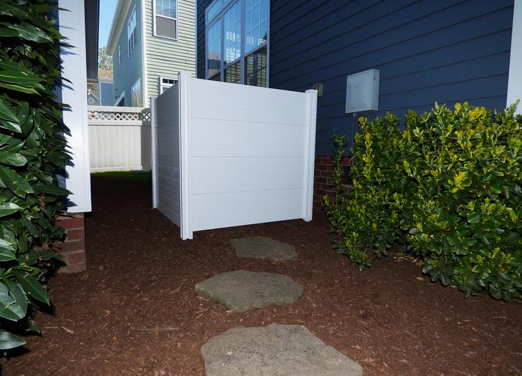Premium vinyl privacy screen for Stand alone outdoor privacy screen