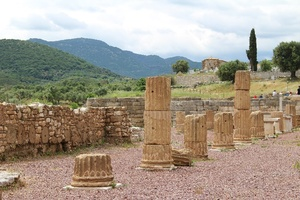 Caves of Diros and Messene