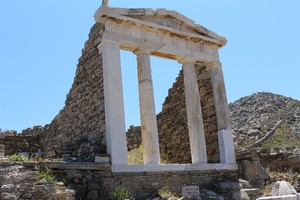 Delos from Mykonos