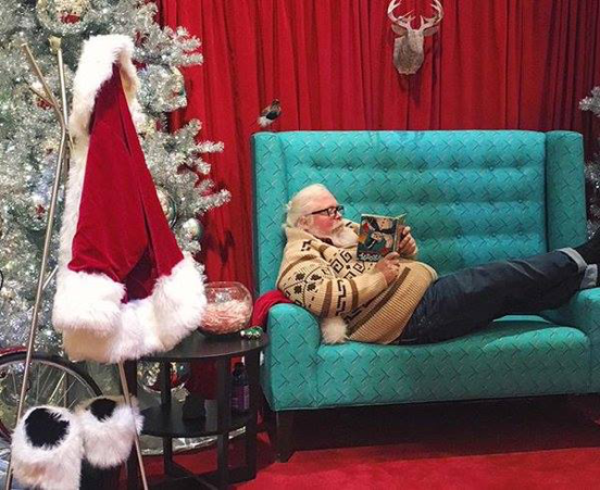 Sit on #Authentic Santa's Lap This Christmas