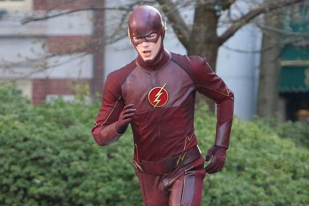 the-flash-grant-gustin-set-photos