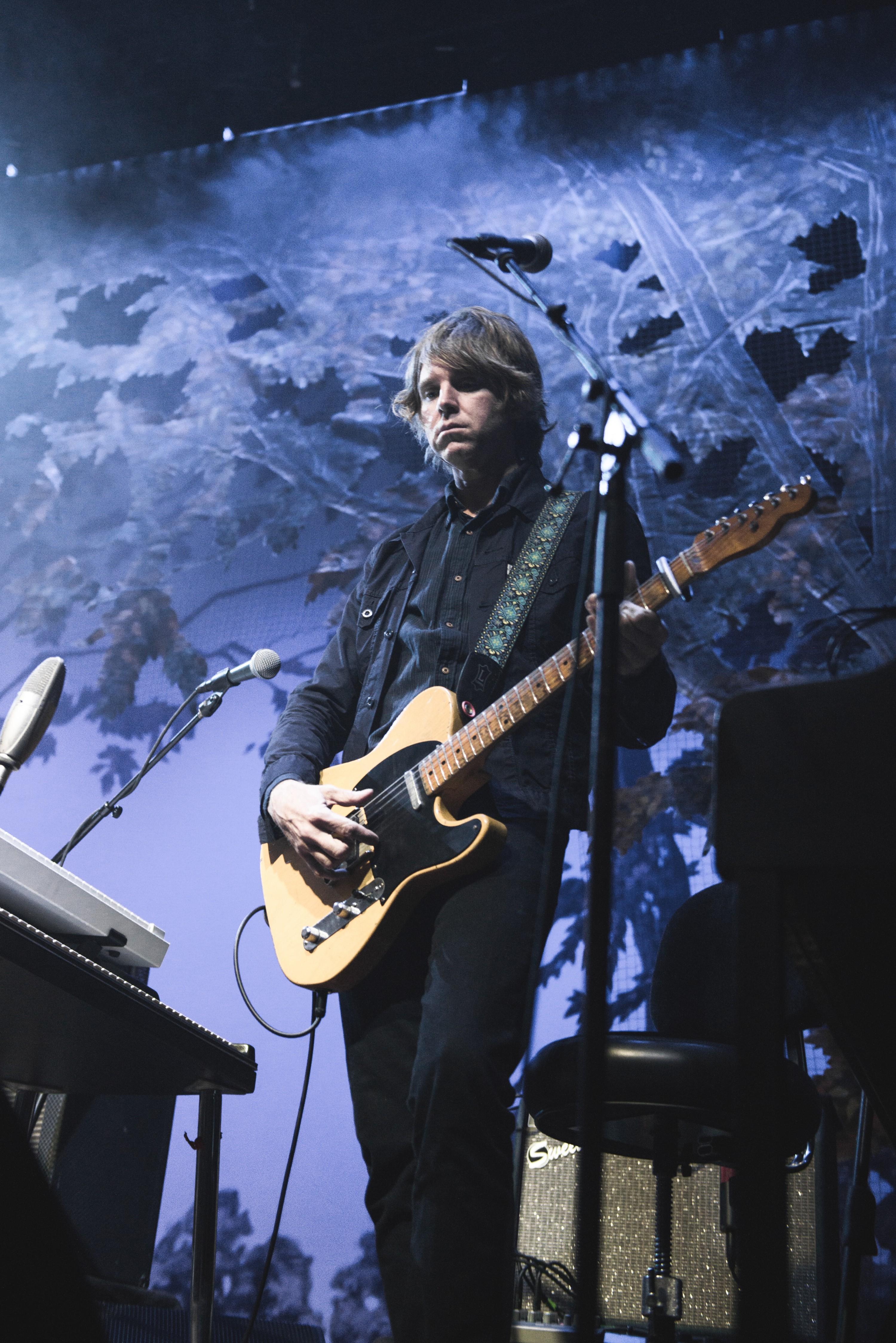 Wilco Enters A Quieter More Downbeat Era At The Schnitz
