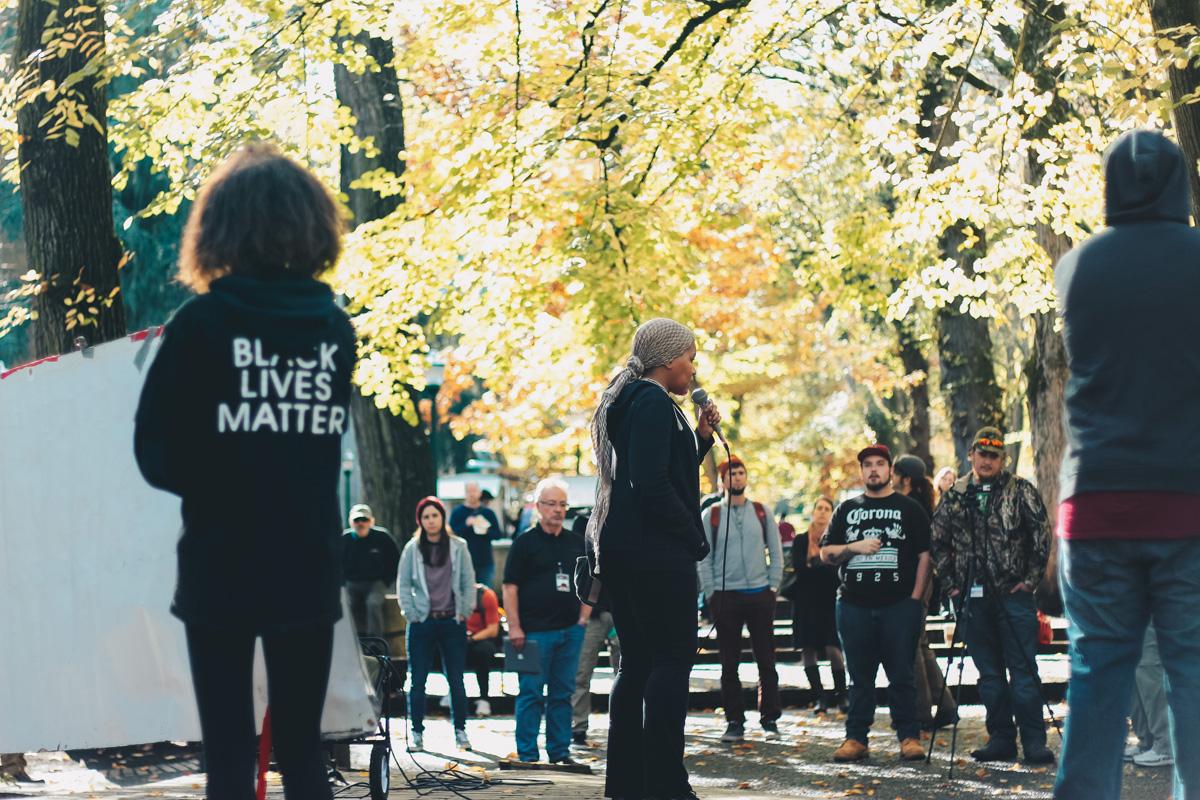 Teressa Raiford speaks at a Don't Shoot Portland rally on Oct. 29, 2016. (Megan Nanna)