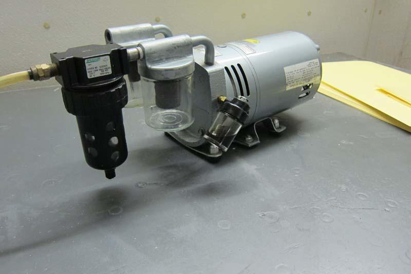 Lot 114 gast 0523 rotary vane air pump wirebids for Rotary vane air motor