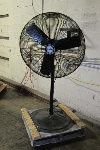 Air King Fans : Lot air king hp industrial standing fan