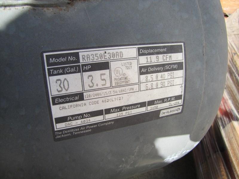 Lot 107 Devilbiss Pro 4000 30 Gallon 3 5hp Oil Free Air