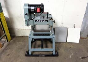 "a photo of Delta 22-660 15"" Wood Planer"
