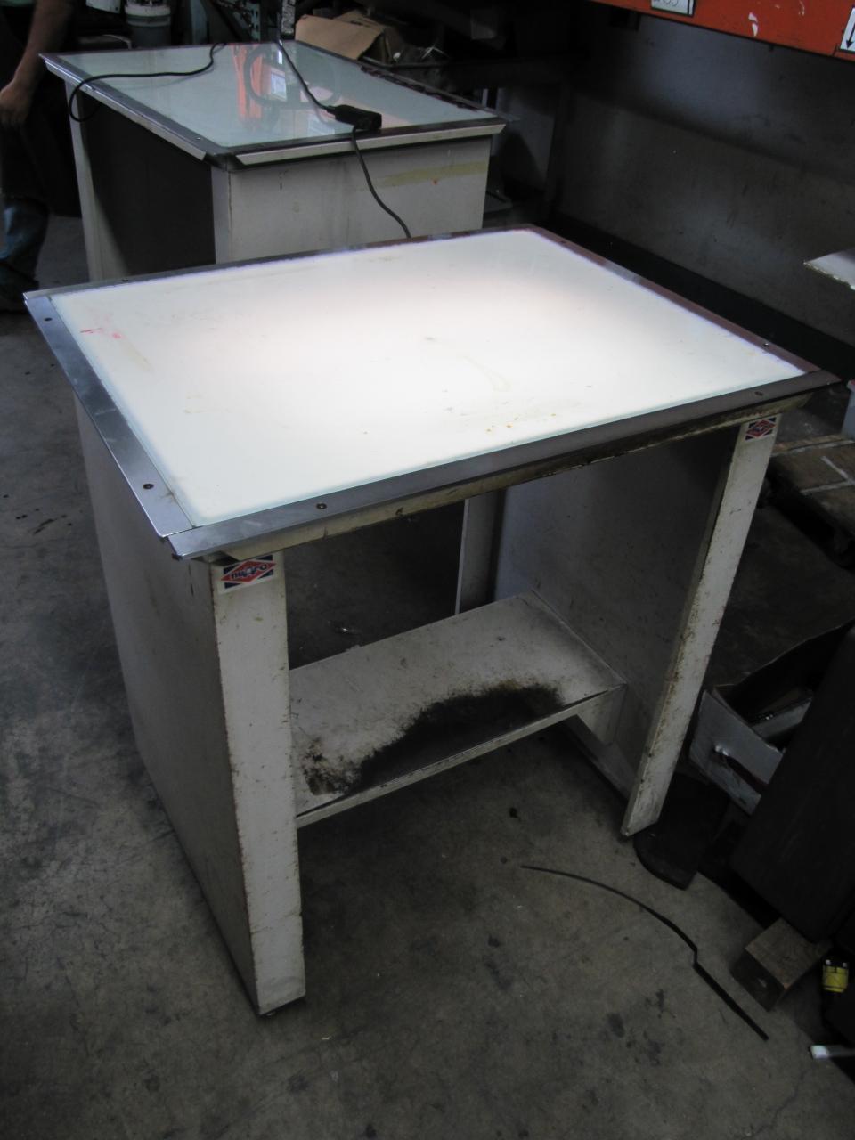 lot 29 nuarc vlt32f light table wirebids