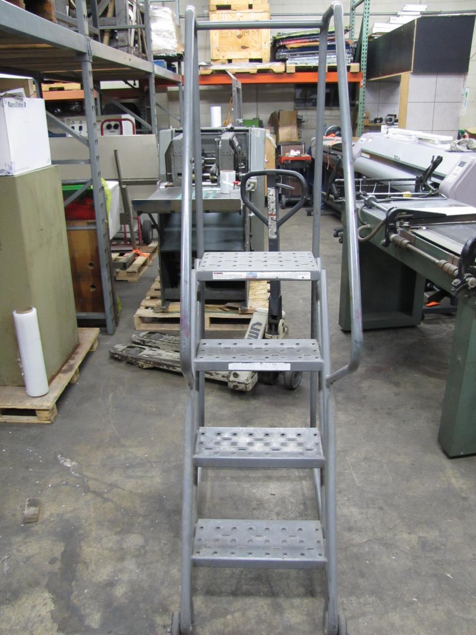 4 Steps To Success: Lot #44: 4-Step Portable Warehouse Stairs