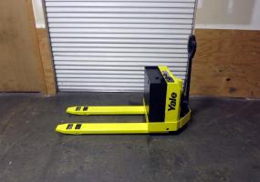 a photo of Yale 4000lb Electric Pallet Jack w/ Built in Charger