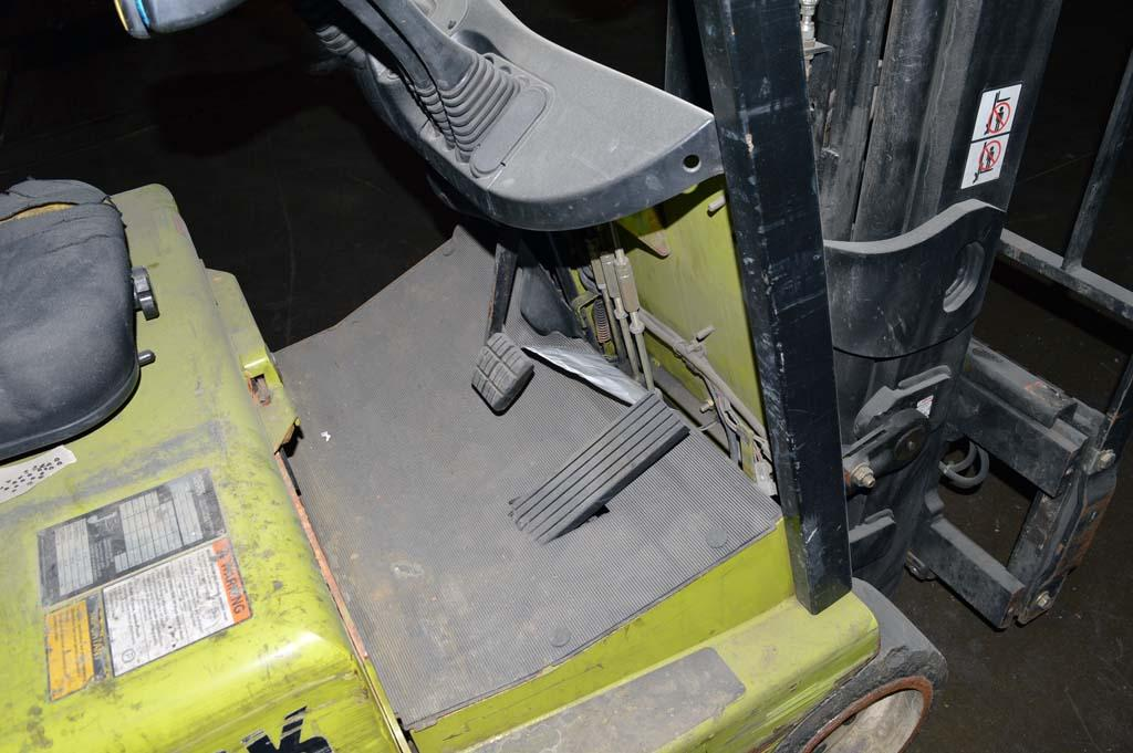 Lot 59 clark tmg12 electric forklift w side shift for Abc electric motor repair