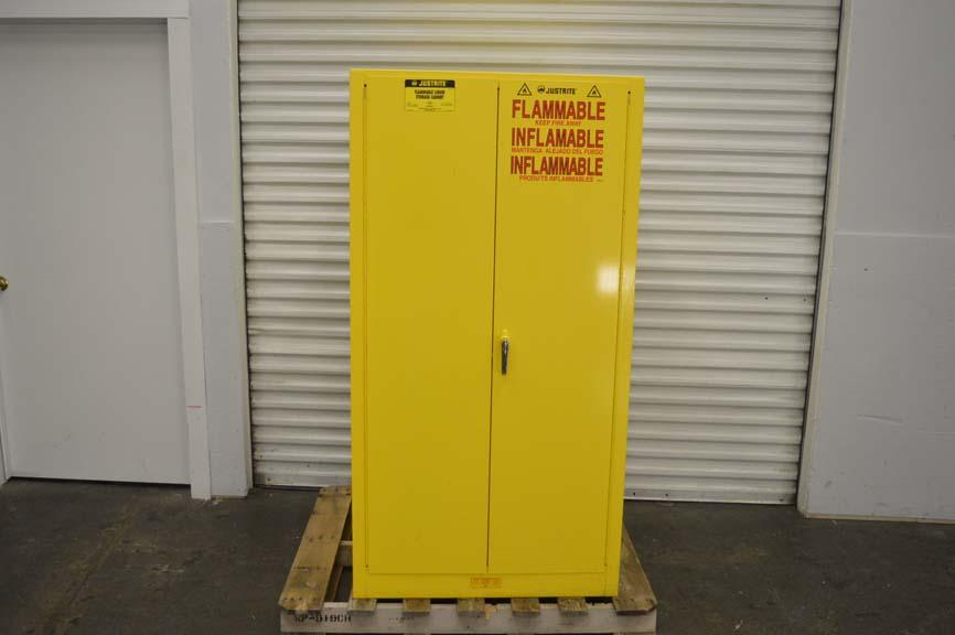 Exceptionnel Justrite Flammable Liquid Storage Cabinet