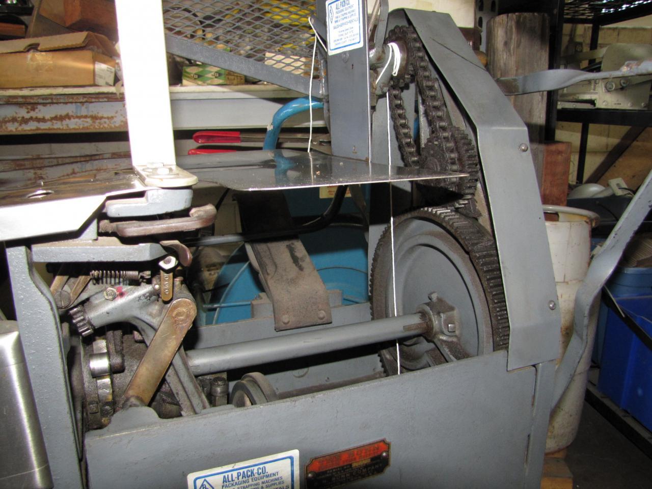bunn tying machine