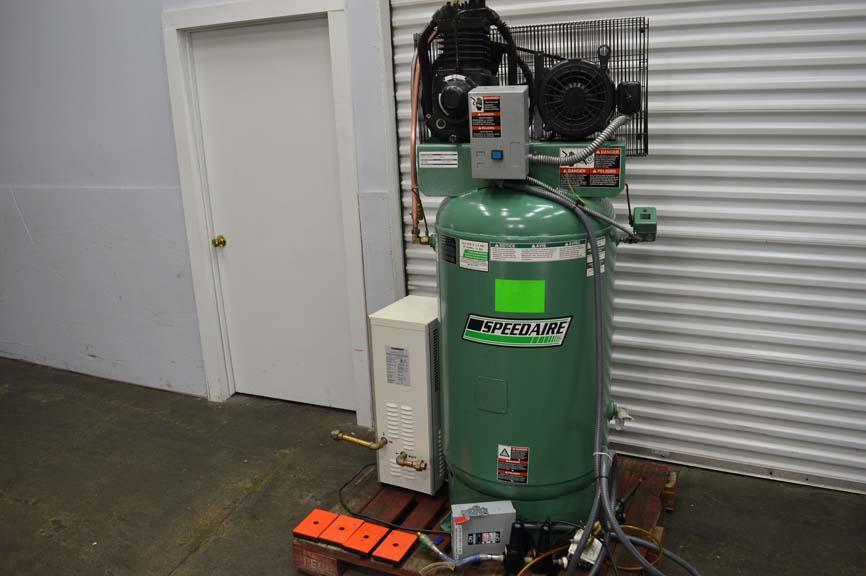 Lot 1 Speedaire 7 5 Hp Air Compressor W 80 Gallon Tank