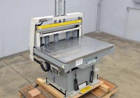 "a photo of 2013 Kudo MJ 1000 44"" x 32"" Floor Model Jogger with Air Squeeze - Click Here for Video!"