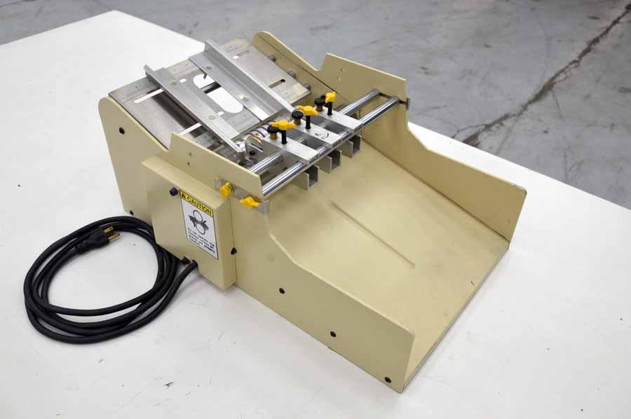 Lot #101: Therm-O-Type BCS-Plus Table Top Business Card Slitter ...