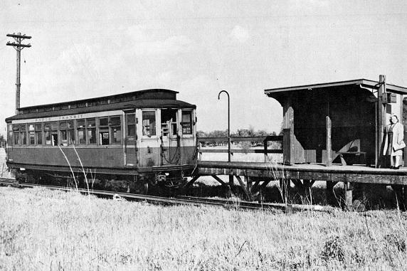 Little 'L' on the Prairie: Westchester Branch, 1947 (CTA photo)