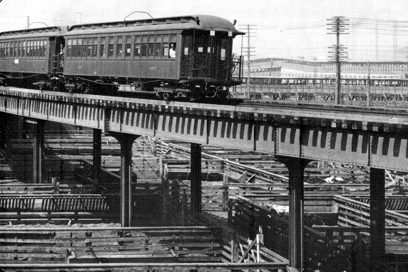 Stock Yards Branch of South Side 'L', 1911 (CTA photo)
