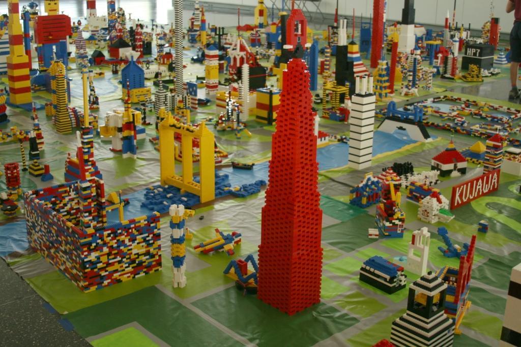 IIT's Lego city. (Courtesy of the Mies van der Rohe Society)