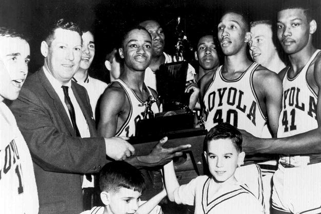 Coach George Ireland and his Ramblers (courtesy Loyola University Chicago)