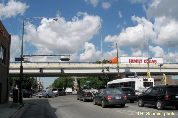 Western Avenue crossing over Belmont