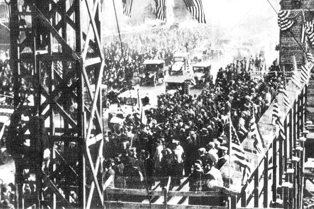 Michigan Avenue Bridge dedication--May 14, 1920 (City of Chicago)