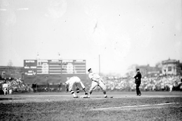 'Five bucks says the runner on first doesn't score!' (Library of Congress)