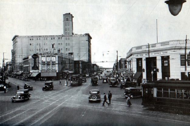 1934--Ashland Avenue at Lincoln-Belmont, view north (CTA photo)