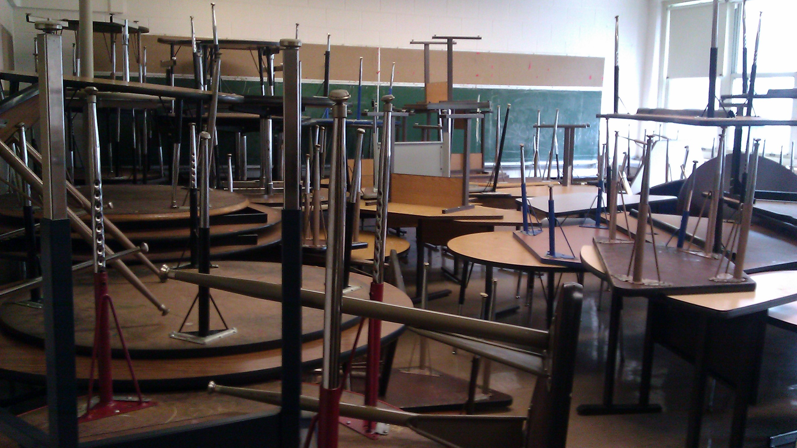Classroom 206 at Paderewski Elementary Learning Academy now holds circle and trapezoid school tables. (WBEZ/Linda Lutton)
