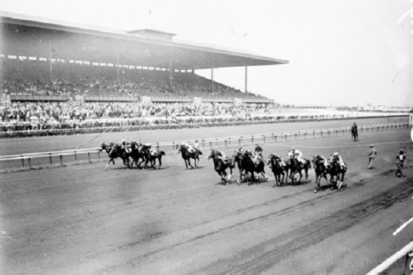 Start of a race in Arlington Park's first season, 1927 (Chicago Daily News)