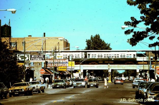 Morse Avenue at the 'L', 1978