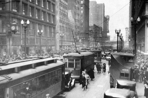 Streetcars at State and Madison, late 1920s (CTA photo)